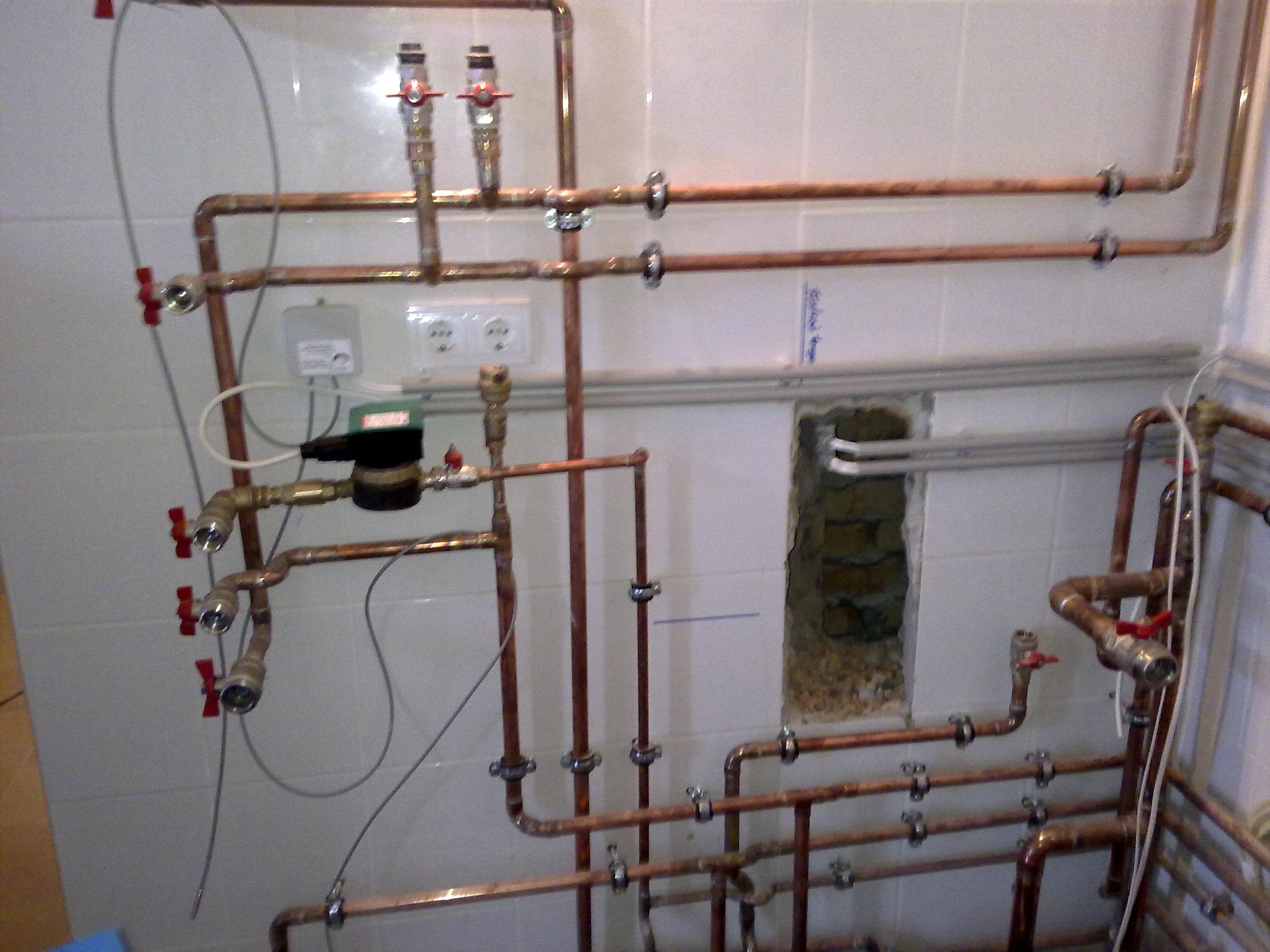 Kabókapuszta_családi ház víz-fűtés-központi porszívó