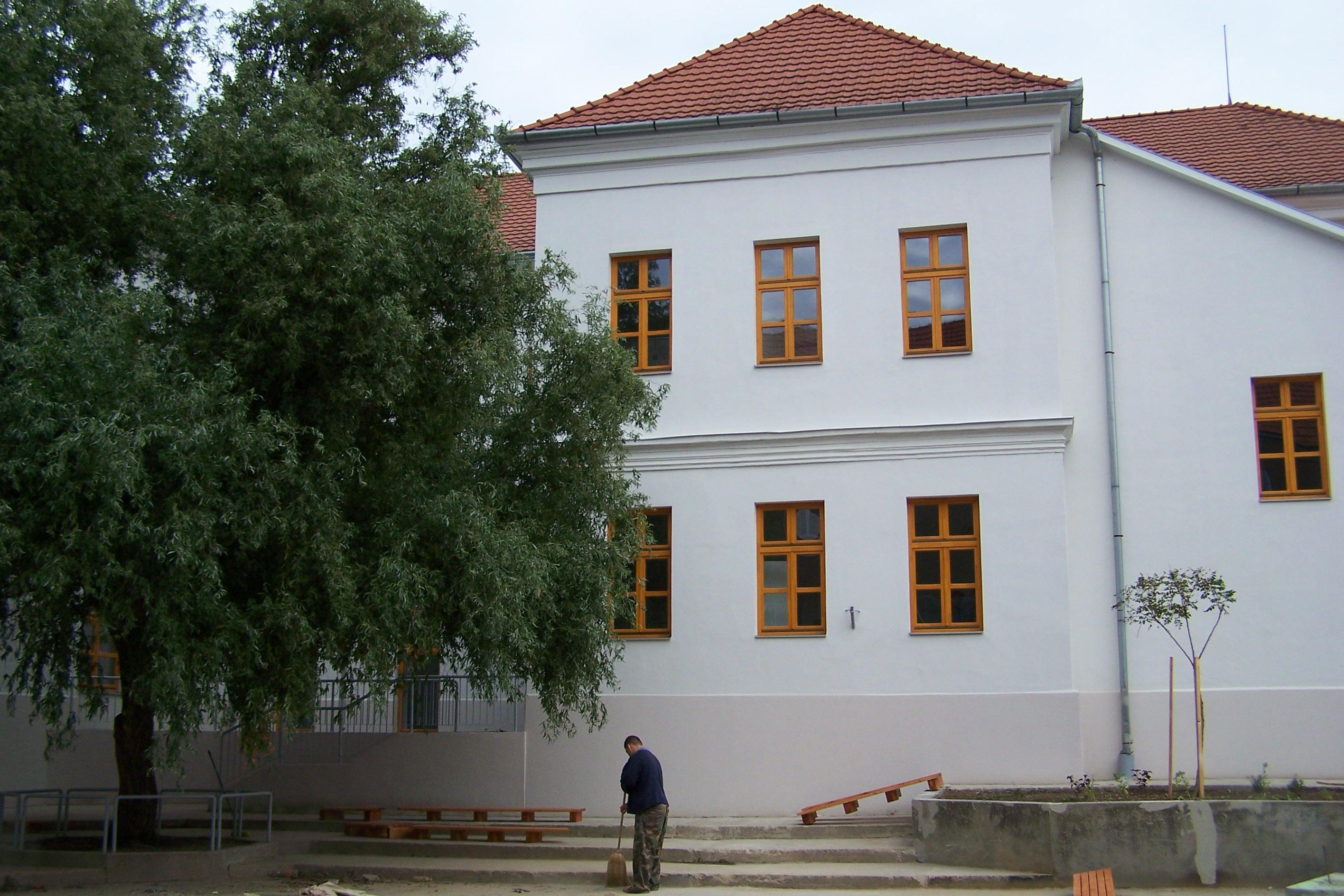 Tamási Würtz Á.Á.Iskola teljes épületgépészeti mukái (7)
